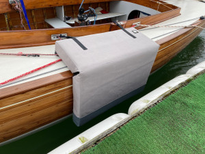 L-shape dock fender