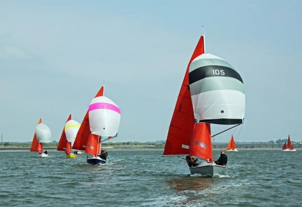 Hyde Sails give £500 for Squib nationals.